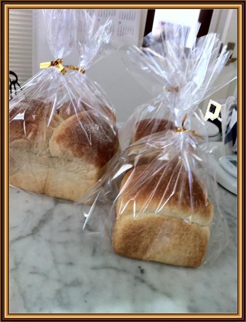 生イーストだけの食パン