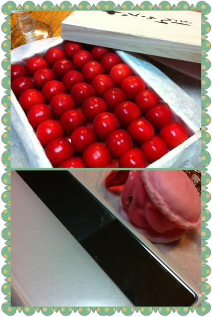 紅い宝石、ピンクのキラキラ
