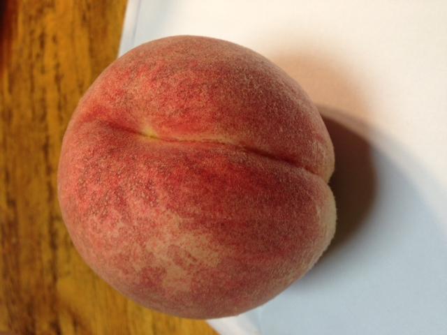 美味しい桃届きました