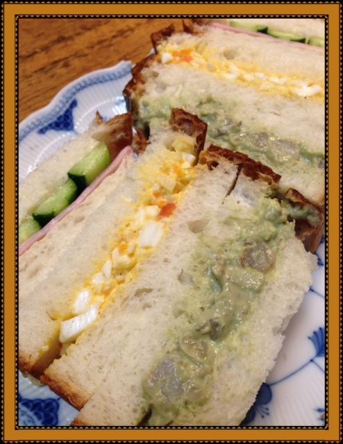 食パンでサンドイッチ作りました